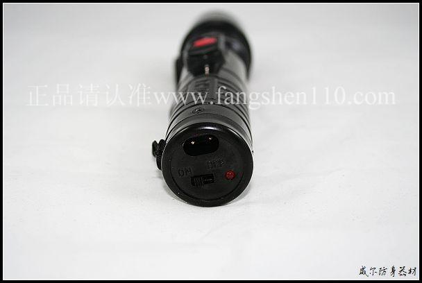 小红盾超级强光瞬晕防身电啪啪305型的说明图片